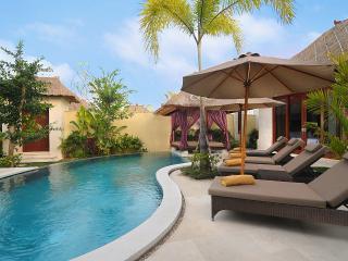 Mahagiri Villas & Spa Dreamland Bali