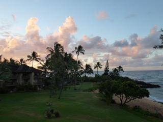 Quiet and Private Oceanfront Condo - Lae Nani 535, Kapaa