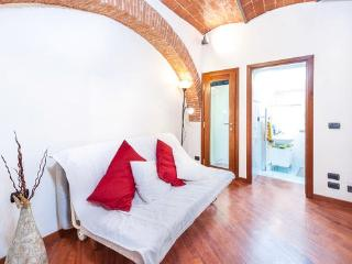 1 Bedroom Florentine Rental in Galliano, Tuscany