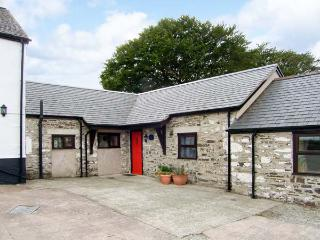 STABLES COTTAGE beautiful countryside, all ground floor, pet-friendly in Llarwst