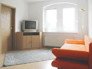 Vacation Apartment in Dresden - 431 sqft, ideal, central (# 4137)