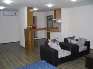 Apartment on Rustaveli Ave, Very center of Tbilisi, Tiflis