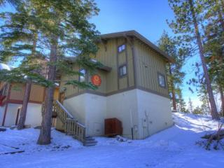 Comfortable Home Only a Few Blocks to Heavenly Ski Resort ~ RA4796, South Lake Tahoe