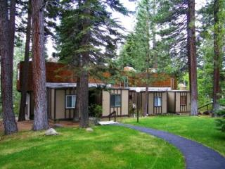 Wonderful Condo Just Minutes from Downtown Tahoe City ~ RA45242