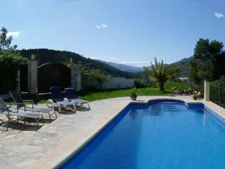 Country B&B with pool. Near beaches and amenities, Llíber