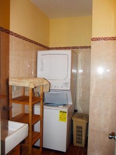 washing machine with dryer