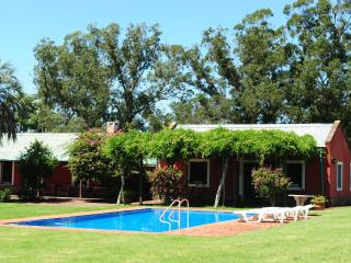 Spacious Country Villa 12mim from Portezuelo Beach, Punta del Este