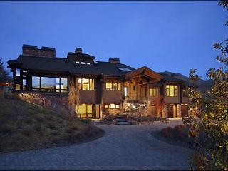 Opulent Hilltop Home - 360-Degree Mountain Views (1234), Sun Valley