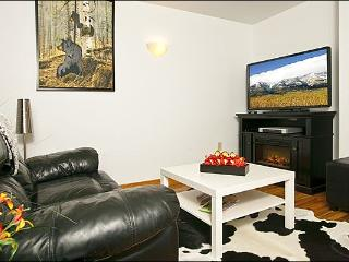 Great Location on Flat Creek - Perfect for a Romantic Getaway (6957), Jackson