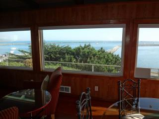Quaint Home overlooking Princeton Harbor, El Granada