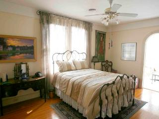 The Laurel Bed and Breakfast, New Orleans