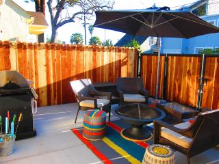 5th Haven – A Beachside Chic Cottage, Santa Cruz