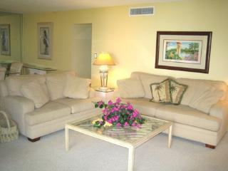 Gulfside Large Garden Unit K, Siesta Key