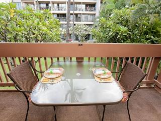 Kihei Akahi B203 Steps from Kamaole Beach. Spring Special $129 / night!
