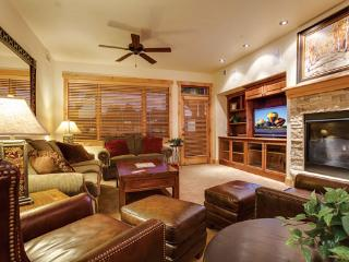 6203 Bear Lodge, Trappeur's, Steamboat Springs