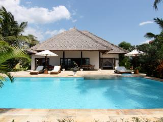 Villa Agus Mas: private beach villa Lovina, Lovina Beach