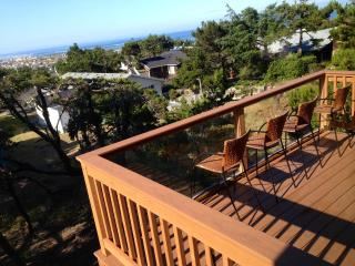 !!!Custom Designed, NEW house with POOL access!!!, Waldport