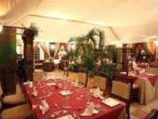 inside Restaurant Escondido