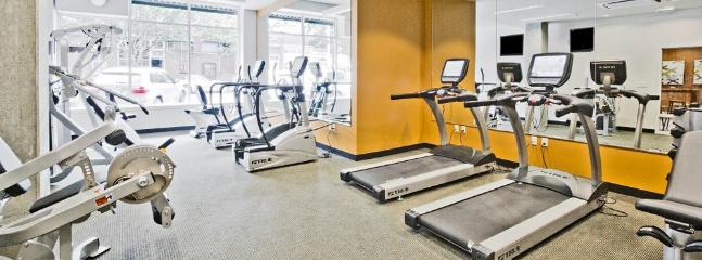 24 hours open Modern Fitness Center!