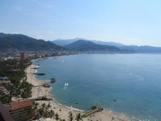 PVR Grand Venetian Condo on the Beach/Tennis,pools, Puerto Vallarta