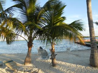 Beautiful Private Home with Beach Access, Key Largo
