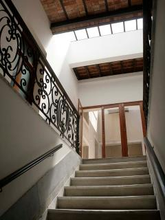 Marble Staircase Entryway to main Foyer