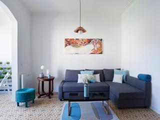 Modern style apartment near España Square!!, Barcelone