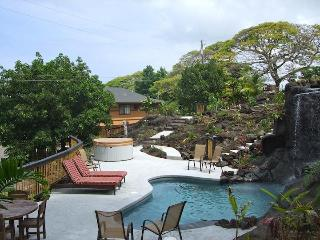 Tropical Paradise Home W Heated Pool Spa & Fall-2A, Kailua-Kona