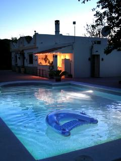 Villa Los Paraisos Bed and Breakfast near Seville