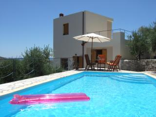 in7thheaven: Luxurious holiday villa with private swimming pool south coast of Crete, Mirtos