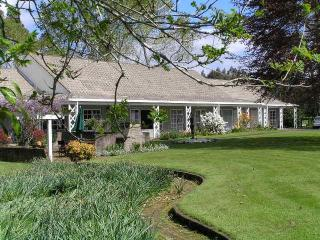 Farmstay  and B & B  - 23 Dalbeth Road, Rotorua
