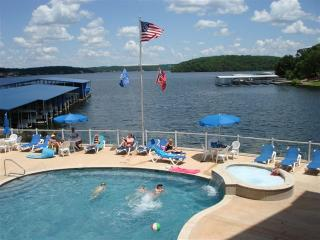 Lake of the Ozarks Sun and Fun Condo Rental at Blue Anchor Bay Condominiums