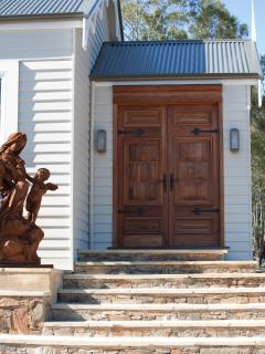 Entry to the Art Studio Rocky Hills Retreat