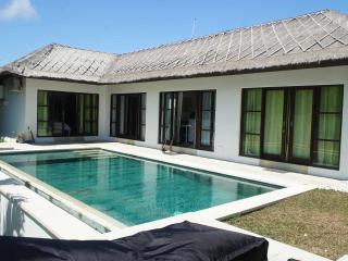 Nice villa Orchidée II  3 bd Bali, Ungasan