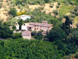 Tuscany Villa on a Hill Close to Florence - Villa Niccolo, Montefiridolfi