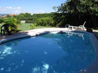 Spacious, most central, private pool, secure