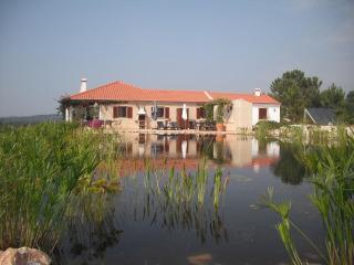 Alentejo S W villa,seeview,7km from beach odeceixe, Sao Teotonio