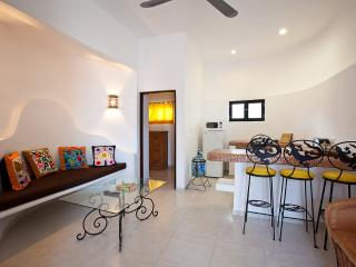 Cozumel Suites - Sugar Bungalow, vacation rental in Cozumel