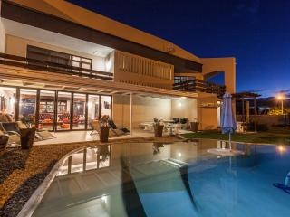 AFFORDABLE LUXURY WEST COAST ACCOMMODATION IN CAPE TOWN