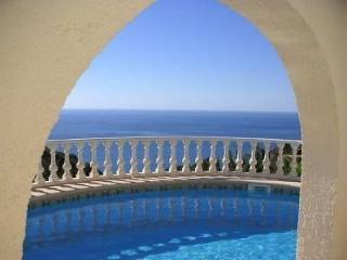 4 Bedroom Private Villa (sleeps upto 10), Teulada
