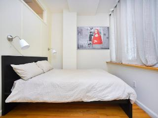 Superior 3 Bedrooms Times Sq NYC, New York