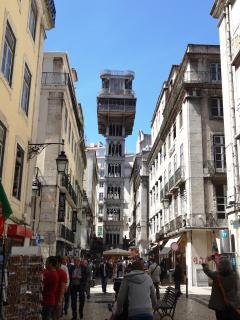 Surroundings: Santa Justa Lift at 600 meters, 5 minutes walking