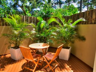 Praia Mole 4 bed / 4 bathTownhome Ideally Located!
