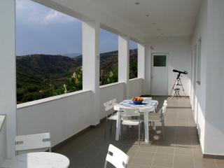 Villa House apartment with outstanding Views, Kakovatos
