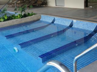 Modern Classy Greenbelt Condo + get FREE stay coupon