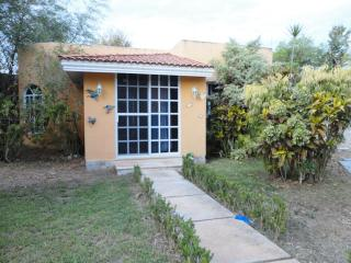 Beautiful mexican bungalow for rent, Merida