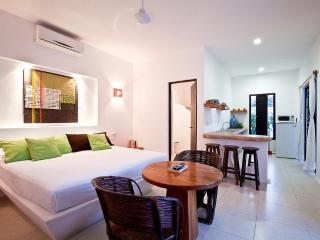 Cozumel Suites - Lime Apartment