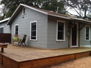2/2 Hip SoCo Getaway- Perfect for SXSW!