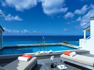 Villa Luna at Shore Point Cupecoy, Saint Maarten - Walk To Beach, Amazing Sunset View, Pool, Terres Basses