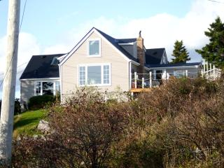 Executive Oceanside Cottage Near Halifax